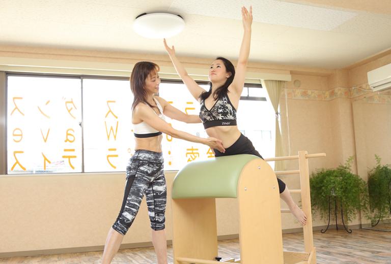 美姿勢トレーニング